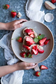 Vegan toasties with home-made seed butter and salty maple strawberries - The Little Plantation Blog