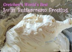 Swiss Buttercream Frosting is a silky smooth icing that has a rich buttery flavour without the excess sweetness of American Buttercream. Whipped Cream Frosting, Swiss Meringue Buttercream, Buttercream Recipe, Meringue Pie, Frosting Recipes, Buttercream Flowers, Raspberry Oatmeal Muffins, Rhubarb Bread Pudding, Fudge
