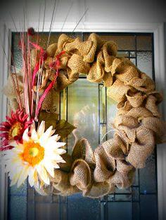 What Kara Bakes & Other Bits: DIY Burlap Wreath