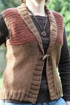 Ravelry: NeenerKnits' Freeport Shawl Collar Vest Knit Vest Pattern, Sweater Knitting Patterns, Knit Patterns, Free Knitting, Knitting Sweaters, Sleeveless Cardigan, Knitted Shawls, Knit Crochet, Crotchet