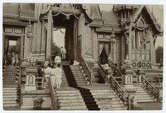 1919 Phra Meru presentation of HRH Queen Sri Bajarindra [Saovabha Bongsri