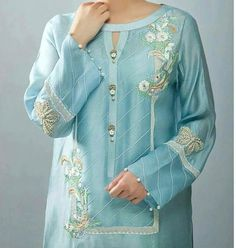 Latest kurti neckline designs - The handmade craft Neck Designs For Suits, Neckline Designs, Dress Neck Designs, Sleeve Designs, Blouse Designs, Stylish Dresses For Girls, Stylish Dress Designs, Designs For Dresses, Simple Dresses