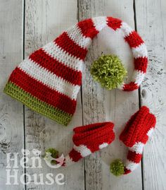 Baby Santa Crochet Baby Set in Red White Green Hat and Shoe