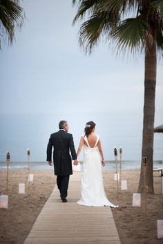WEDDING IN TROCADERO BEACH Boda en Trocadero Playa Marbella WEDDING ON THE BEACH SPAIN