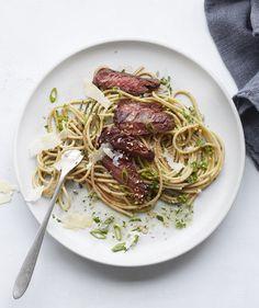 Whole-Wheat Spaghetti with Steak and Arugula Pesto