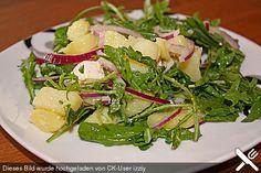 Kartoffelsalat mit Rucola und Schafskäse (Rezept mit Bild) | Chefkoch.de