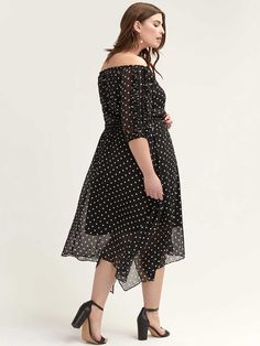 Shop online for Off-the-Shoulder Ruffle-Sleeve Dot Dress - City Chic. Find Sale, and more at AdditionElle Fall Fashion Trends, Spring Fashion, Autumn Fashion, Fashion Bloggers, Petite Fashion, Curvy Fashion, Style Fashion, Addition Elle, Extra Petite
