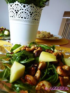 Rucola Salat mit Mango und Cashewkernen