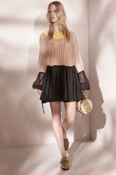 21 Resort 2017 Fashion Show Fashion Week, Milan Fashion, Fashion 2017, New York Fashion, Runway Fashion, High Fashion, Fashion Show, Fashion Trends, Campaign Fashion