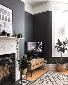 New Living Room Decor Grey Walls Interiors Ideas Living Room Grey, Small Living Rooms, Rugs In Living Room, Home And Living, Living Room Designs, Living Area, Modern Living, Tv Stand Living Room, Dark Grey Dining Room