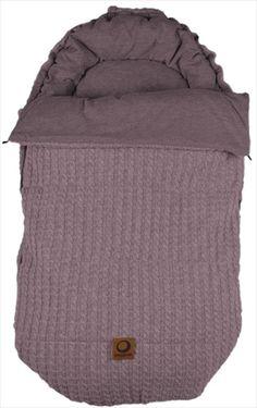 EASYGROW 'Grandma' Sovepose/Vognpose - Pink/Rosa Melange. Nydelig 'retro' stil sovepose, denne 'Grandma' soveposen er laget av myk bambus og ull. Posen er beregnet på helårsbruk og har en avtagbar dundyne - den beste av begge verdener! Frifrakt Kr 2399 Baby Boy Fashion, Barn, Retro, Blanket, Converted Barn, Little Boys Fashion, Blankets, Retro Illustration, Cover