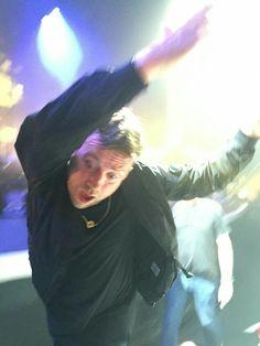 Read from the story 【Fotos Graciosas De Damon】 by Platinum_Raven (Sadderdazə) with 974 reads. Damon Albarn, Gorillaz, Twenty One Pilots, Blur Band, The Wombats, Memes Funny Faces, Jamie Hewlett, Boogie Woogie, Britpop