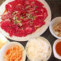 Love Korean Barbecue😋🍴❤️ #restaurantkoreanbarbecue #koreanbbq #restaurant #koreanfood #asianfood #dinner #france  #amazing #food #foodie #foodporn #designer #freelancer #happy #healthy #パリ #ディナー #美味しい #ヘルシー #デザイナー #フリーランサー #グルメ #焼肉 #韓国料理 #肉