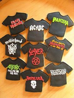 Band music shirtcoolest cookies ever! - Band music shirtcoolest cookies ever! Cupcakes, Cupcake Cookies, Sugar Cookies, Music Cookies, Cute Cookies, Roll Cookies, Festa Rock Roll, Rock And Roll Birthday, Rockstar Birthday