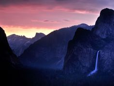 Picture of Bridalveil Fall at sunset, Yosemite National Park, Paul Touzon