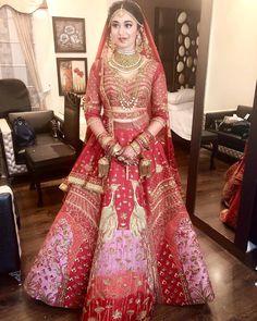 Bridal lehenga pink saree Ideas for 2019 Indian Bridal Outfits, Indian Bridal Lehenga, Indian Bridal Fashion, Indian Bridal Wear, Indian Dresses, Bridal Dresses, Pink Bridal Lehenga, Indian Bridal Makeup, Designer Bridal Lehenga