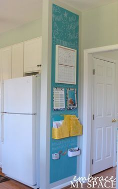DIY family command center helps you stay organized and keep your schedule, mail, magazines and more all in one place.
