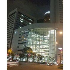 Instagram【seiji_39】さんの写真をピンしています。 《#大阪 #osaka #梅田 #umeda #西梅田 #nishiumeda #ヒルトンプラザ #hiltonplaza  #外観 #街灯 #light #光 #夜景 #夜景ら部 #夜景倶楽部 #night #nightphoto #night_view #night_photography #osakanight #photography #loves_japan #photograph #loves_osaka #大阪好きやねん #写真撮ること大好き #followme #写真好きな人と繋がりたい  #ファインダー越しの私の世界 #スマホカメラマン》