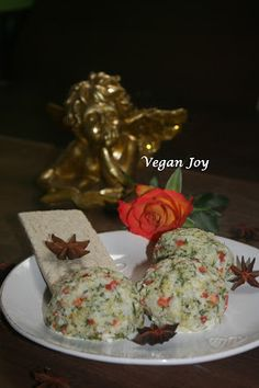 vegan joy: Cauliflower and broccoli pate