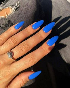 Looking For Wedding Dress Inspo? There's A Wedding Dress Here For Every Bride! Bright Summer Acrylic Nails, Blue Acrylic Nails, Summer Nails, Aycrlic Nails, Hair And Nails, Glitter Nails, Stylish Nails, Trendy Nails, Cobalt Blue Nails