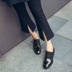 Square Toe Lace-Up Patent Leather Chunky Heel Women Oxfords Chunky Boots, Chunky Heels, Black Brogues, Tie Shoes, Bootie Boots, Fashion Shoes, Oxford Shoes, Lace Up, Womens Fashion