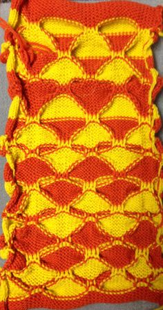 300_57 Pattern Design, Print Design, Yellow Line, Thick And Thin, Fair Isle Knitting, Knitting Machine, Small Groups, One Color, Swatch