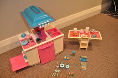 1984 Barbie Dream Kitchen Playset. I remember the tv dinners and the little cups