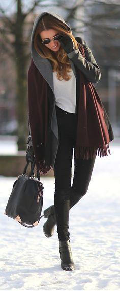 I Ate The Sun / Julia Style fashion apparel clothing outfit fashion Fashion And Beauty Tips, I Love Fashion, Fashion News, Style Fashion, Sexy Outfits, Cute Outfits, Fashion Outfits, Womens Fashion, Autumn Winter Fashion