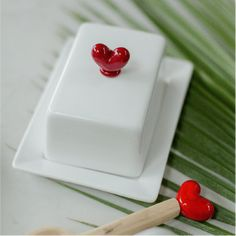 White Ceramic Small Butter Dish cm high by cm wide) with Glass Heart. Various Glass Colours to choose from. Light Turquoise, Pearl Grey, Afrikaans, Butter Dish, Colored Glass, Dark Red, White Ceramics, Colours, Dishes