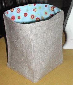 cómo hacer una bolsa pongotodo de tela Bag Organization, Hamper, Baby Knitting, Diy And Crafts, Sewing Projects, Basket, Textiles, Baby Shower, Diys