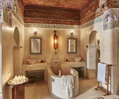 Make your stay the most glamorous and luxurious one with the Basha Superior Suite, a true jewel in Marrakech and a unique, glamorous art piece. Morrocan Bathroom, Morrocan Decor, Bathroom Spa, Master Bathroom, Riad Marrakech, Sexy Home, Global Home, Tadelakt, Flatscreen
