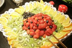 This was for a kid's party - but how cute is that?! So many food/DIY decor ideas via www.theculturedcavewoman.com #paleo #fruit #partyfood