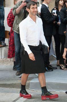 El diseñador de Louis Vuitton Marc Jacobs, quien había sonado como sucesor de Galliano en Dior, no se perdió el estreno de Raf Simons en la Alta Costura de París