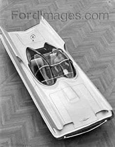 Rumours confirmed – Barris' Batmobile to cross the block Classic Tv, Classic Cars, Lincoln, Old American Cars, Retro Futuristic, Top Cars, Ford Motor Company, Car Wheels, Concept Cars