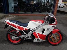 eBay: Yamaha TZR-250, CLASSIC 2 STROKE MACHINE