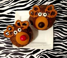 Easy Reindeer Cupcakes Recipe! #recipes #Holidays #Christmas #food