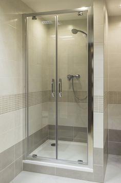 Výsledek obrázku pro zděný sprchový kout Bedroom Closet Design, Bathroom Toilets, Bathtub, Shelves, Pets, Animals, Beautiful Bathrooms, Blue Prints, Shower