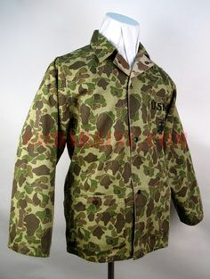 dd99f5c6a4de WW2 US Marine Corps Frog Camo P42 HBT Utility Jacket  198  -  59.00    Spearhead Militaria, Since 2004