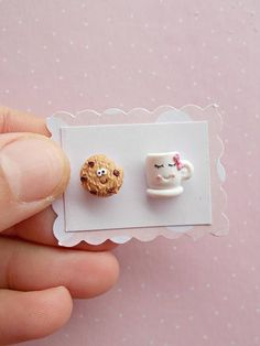 Cookie and tea cup earrings created from polymer clay without molds or form Sculpey Clay, Cute Polymer Clay, Cute Clay, Precious Metal Clay, Polymer Clay Charms, Polymer Clay Earrings, Animal Crafts For Kids, Metal Clay Jewelry, Etsy Earrings