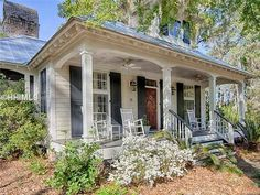 View 19 photos of this 2 bed, 2.0 bath, 1500 sqft single family home located at 15 Carnegie St, Bluffton, SC 29910
