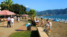Promenáda a pláž Calis neboli prehustené. | Nový Čas