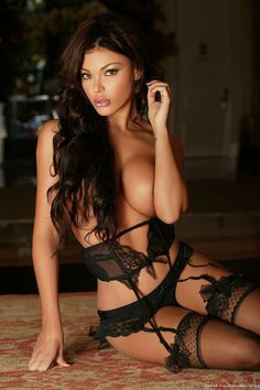Sexy lingerie girls (11 photos) http://photogallery18.org/1776213-15513513