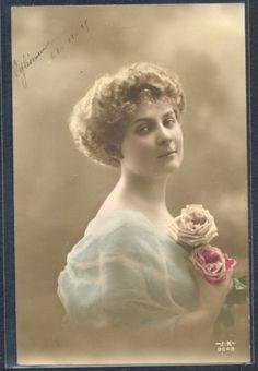 QC044-EDWARDIAN-LADY-HAIRSTYLE-veiled-ROSES-Tinted-PHOTO-pc