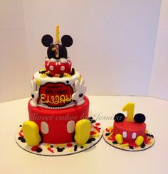 Micky mouse birthday - by jsweetcakes @ CakesDecor.com - cake decorating website
