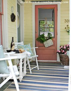 Spending summer days on a farmhouse porch ... what could be better?