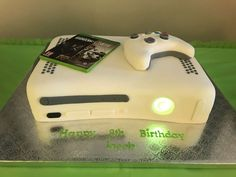The birthday cake at this Xbox One Birthday Party is awesome! See more party id. The birthday cake at this Xbox One Birthday Party is awesome! See more party ideas and share yours 18th Birthday Ideas For Boys, Boys 18th Birthday Cake, 10th Birthday Parties, 13th Birthday, Birthday Cakes, Video Game Xbox, Video Game Party, Xbox One Cake, Xbox Party