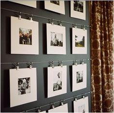 10 DIY Foto-Ideen: SO könnt ihr eure Bilder kreativ in Szene setzen! You haven't forgotten your favorite photos on the hard drive in the past. Preferably create your own photo deco! Ikea Curtain Rods, Ikea Curtains, Curtain Clips, Metal Curtain, Burlap Curtains, Curtain Hangers, Curtain Ring, Roman Curtains, Purple Curtains
