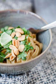 Thai Style One Pot Pasta mit Erdnusssauce, wird ausprobiert! Hoffentlich so cremig wie es aussieht