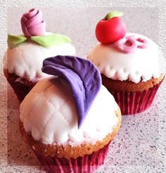 Ever After High Cupcake - Apple White, Raven Queen, Briar Beauty