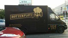 You'll never eat alone. #Hotzenplotz #berlin